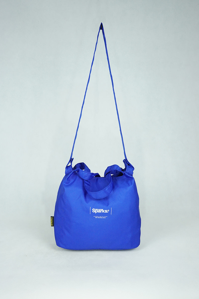 Lucca- Blue